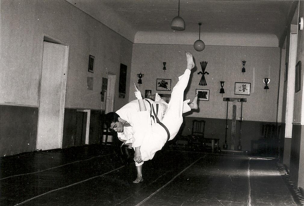 1965 Técnica de Proyección de pierna gimnasio Judiscen