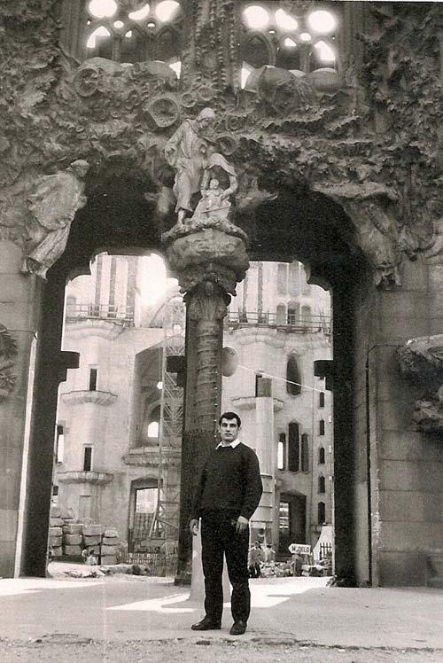 6--aprovechando-una-visita-turistica-por-Barcelona-en-la-Sagrada-Familia-1970