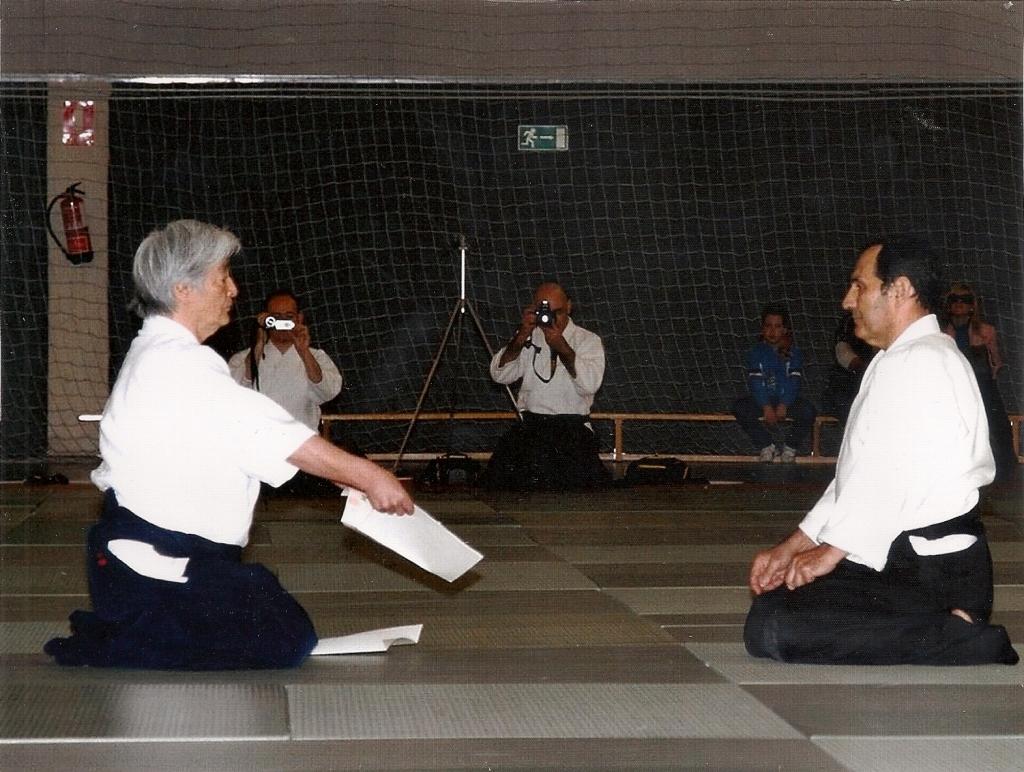 Entrega Diploma Yamada Sense S.Santa Abril12 (2)