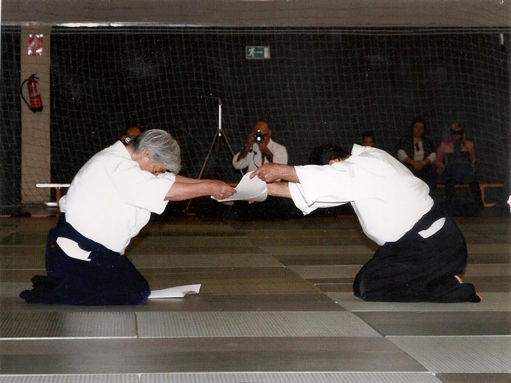 Entrega Diploma Yamada Sense S.Santa Abril12 (3)