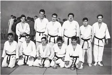 5 1968 Campeones de España competición en Segovia entre ellos Refael Ortega,José Luis de Frutos, Agustin Menendez... y participa T.Sánchez(2)