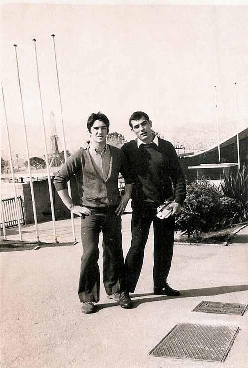 8-en-el-puerto-de-Barcelona-con-Antonio-Ponce-marzo-1970