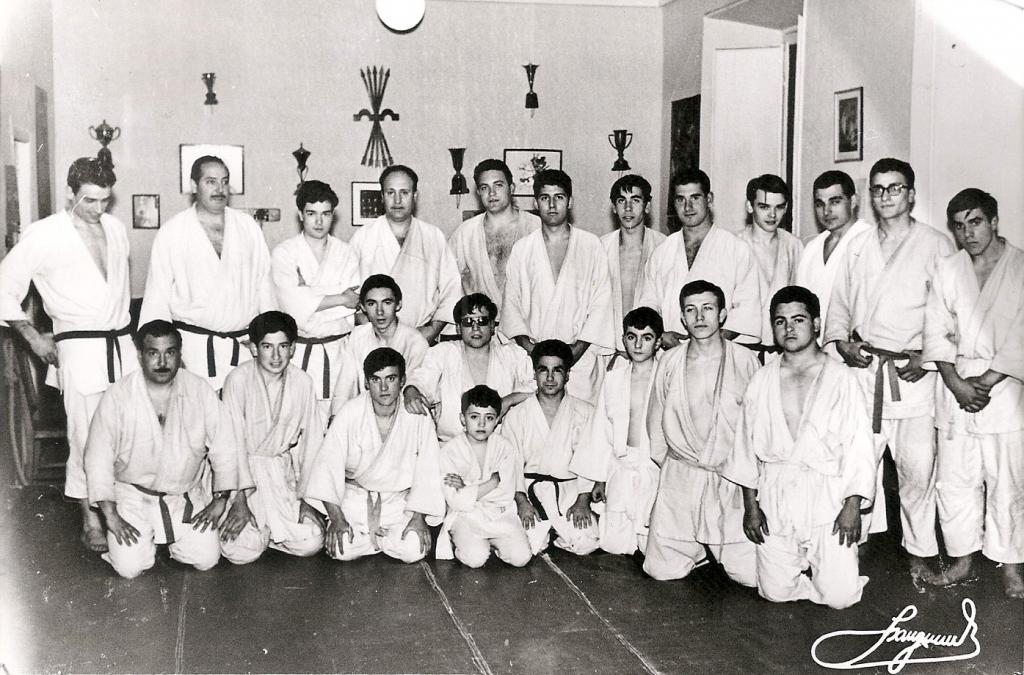 4a Alumnos del Dojo Judiscen Madrid 1964
