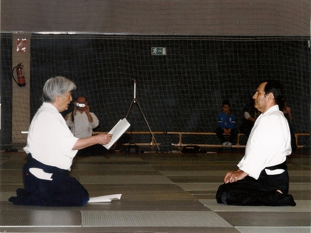 Entrega Diploma Yamada Sense S.Santa Abril12 (1)